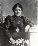 Kate Carmack 1898 (Yukon Archives)