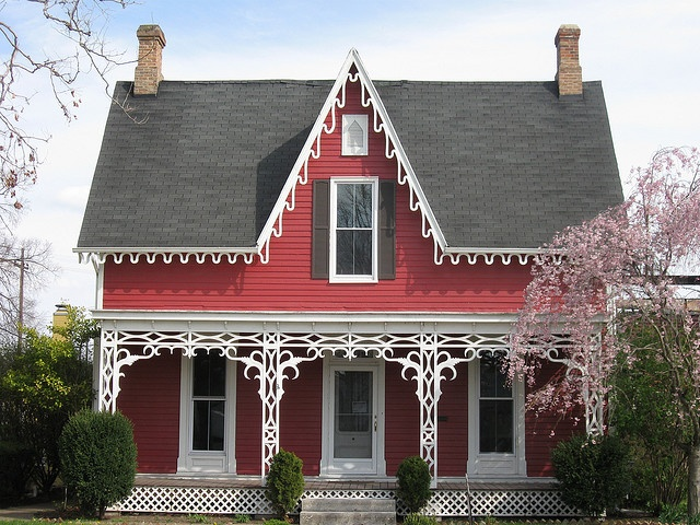 Gothic revival cottage gwen tuinman for Gothic revival home