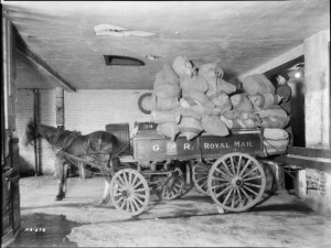 Loaded mail wagon in Montreal, 1908 (source: Library and Archive of Canada)