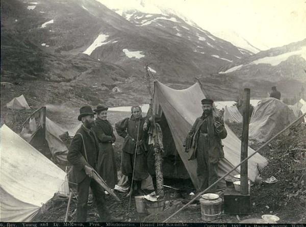 Presbyterian missionaries enroute to Klondike
