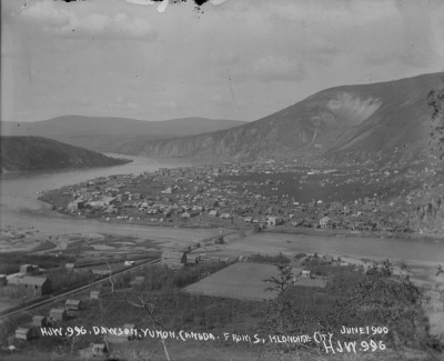 Dawson City, June 1900 (Photo credit: Library and Archives of Canada)