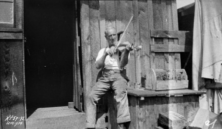 Relief camp violin and its maker